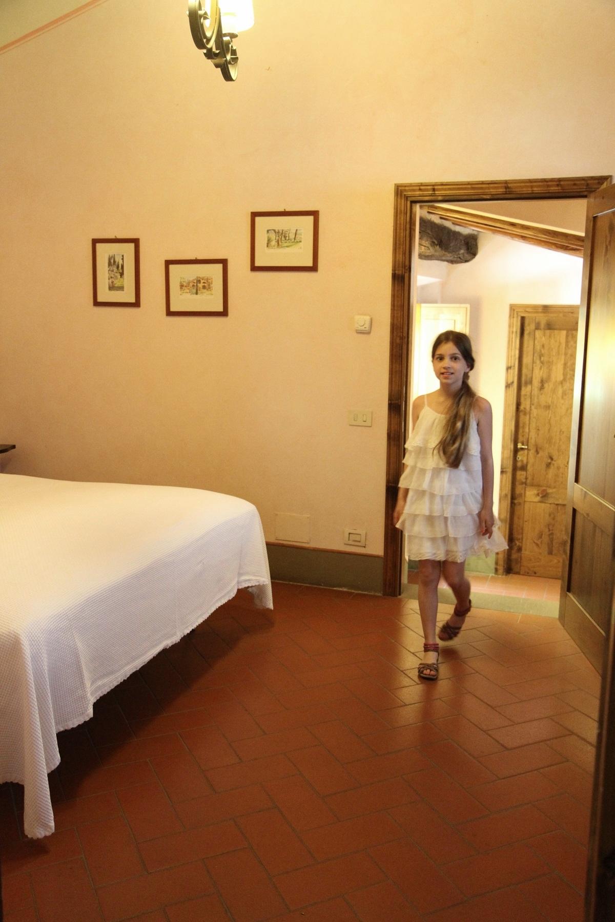 Roadtrip i toscana – villa barberino och betydelsen av en mustasch ...