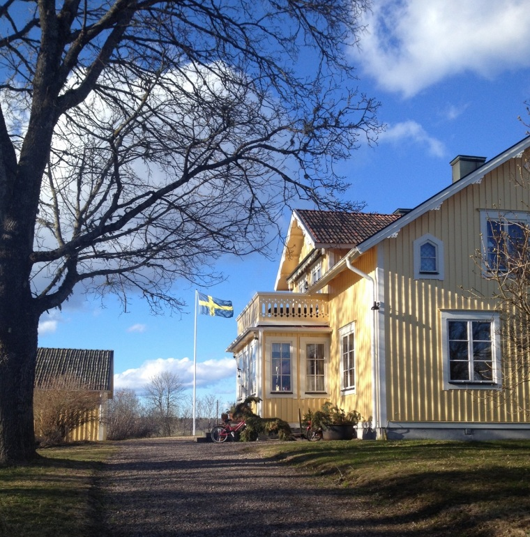 huset april